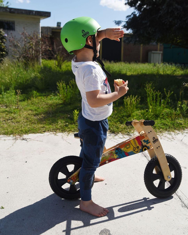 bici-in-legno-senza-pedali