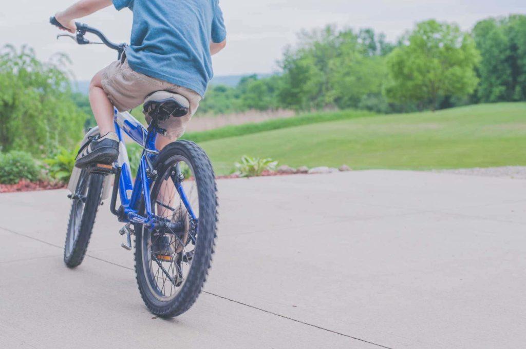 Come-insegnare-ad-andare-in-bici