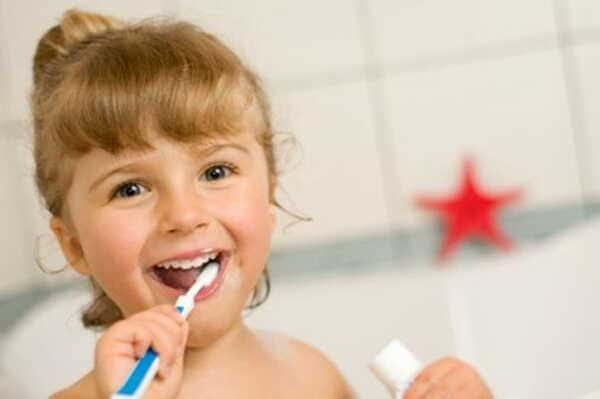 Igiene-orale-nello-sviluppo-del-bambino